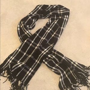 Chenille black and white plaid scarf